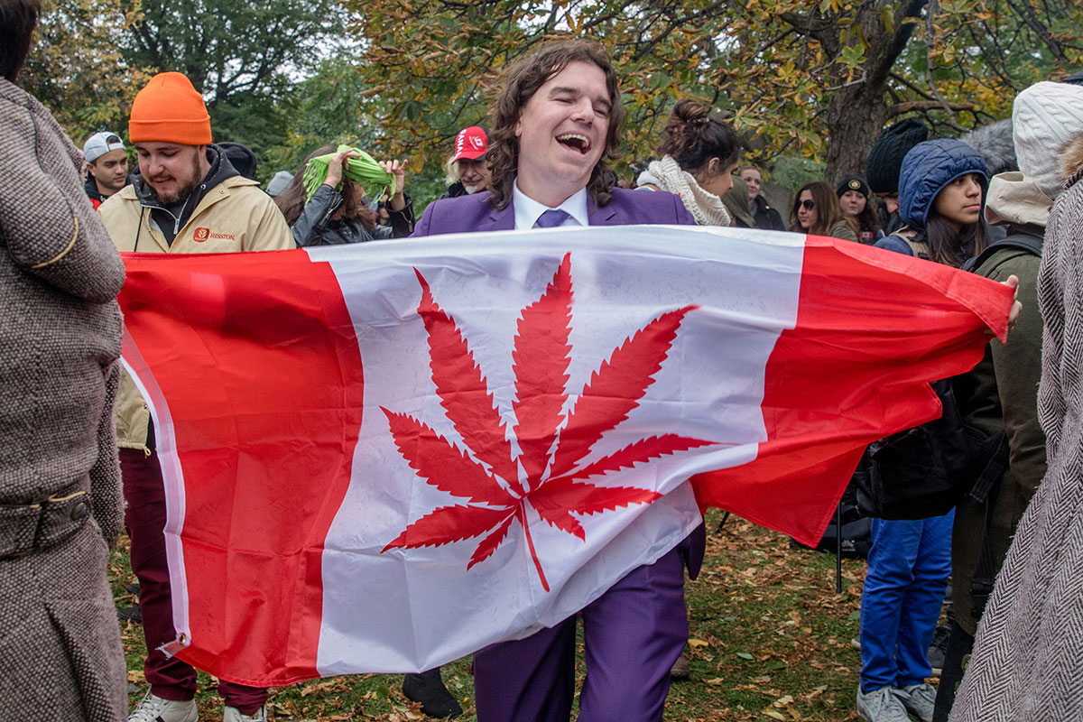 People celebrate legalising weed in Canada.